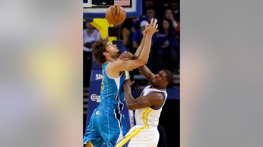 b25e0b90-Hornets Warriors Basketball
