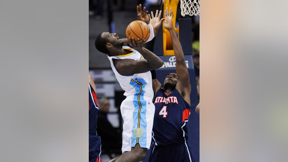 2eea1cfd-Hawks Nuggets Basketball