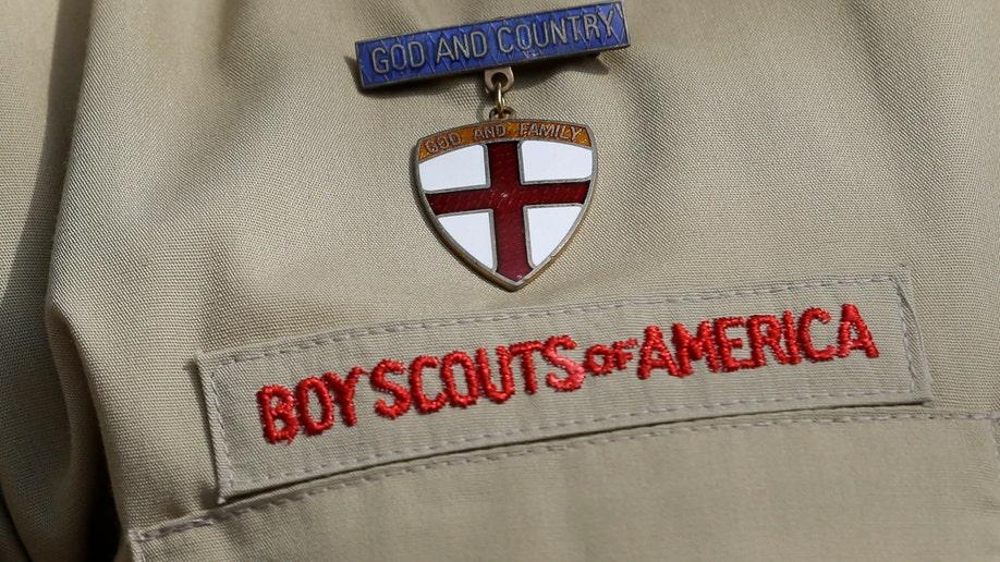 cc82fe4e-Boy Scouts Gays