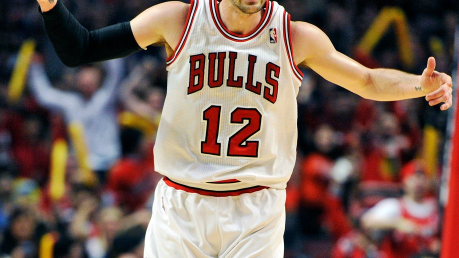 5eca1232-Nets Bulls Basketball