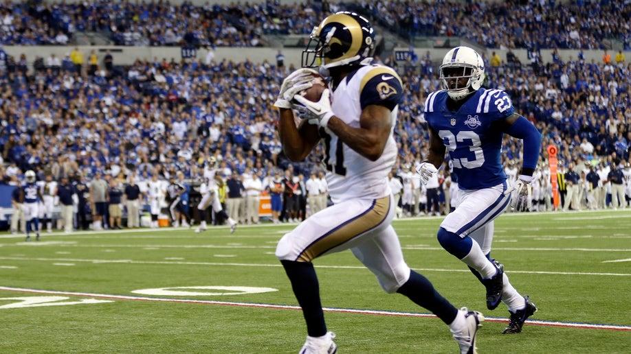 8e00cfe4-Rams Colts Football