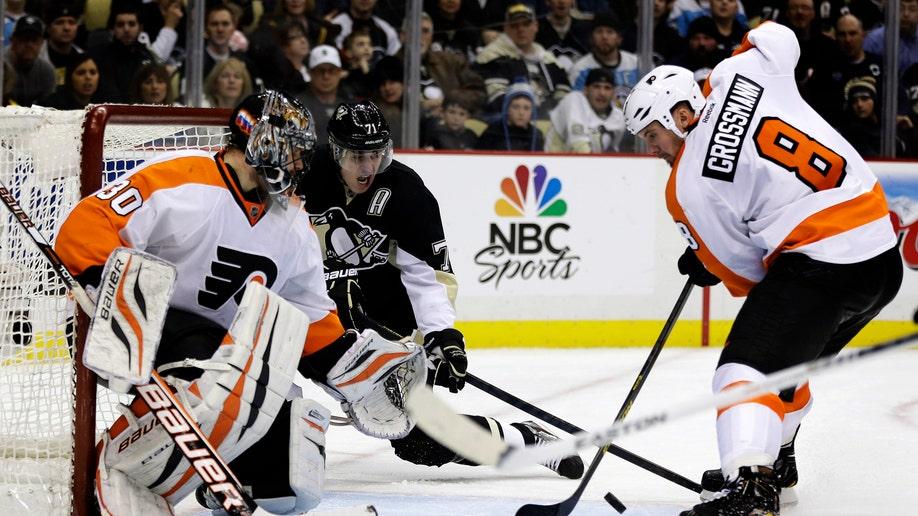 af3e0f2f-Flyers Penguins Hockey