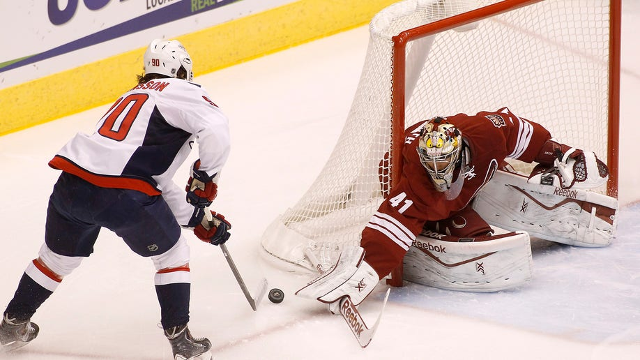eb4c6721-Capitals Coyotes Hockey