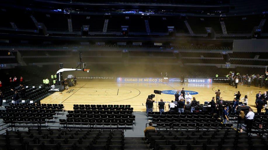 45d1fee3-Mexico Spurs Timberwolves Basketball