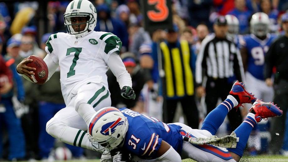 9031c6ad-Jets Bills Football