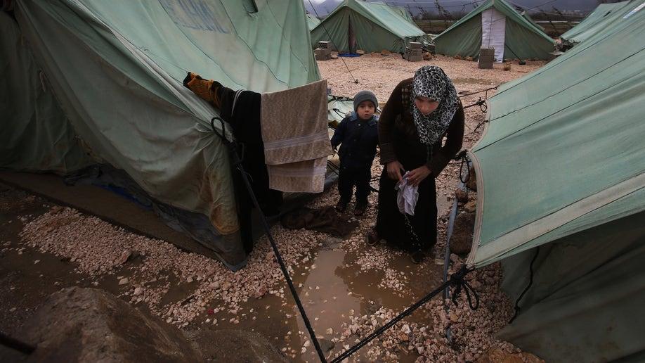 Mideast Lebanon Kuwait Syrian Aid