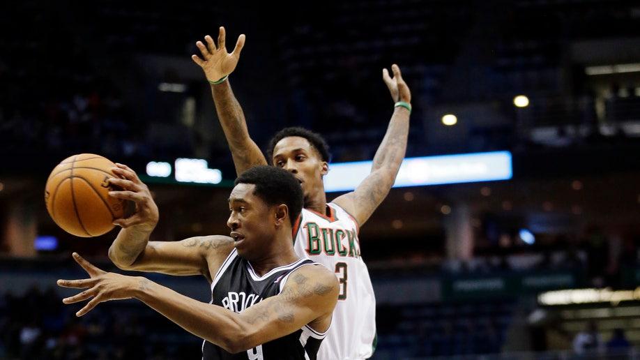 72a2d560-Nets Bucks Basketball