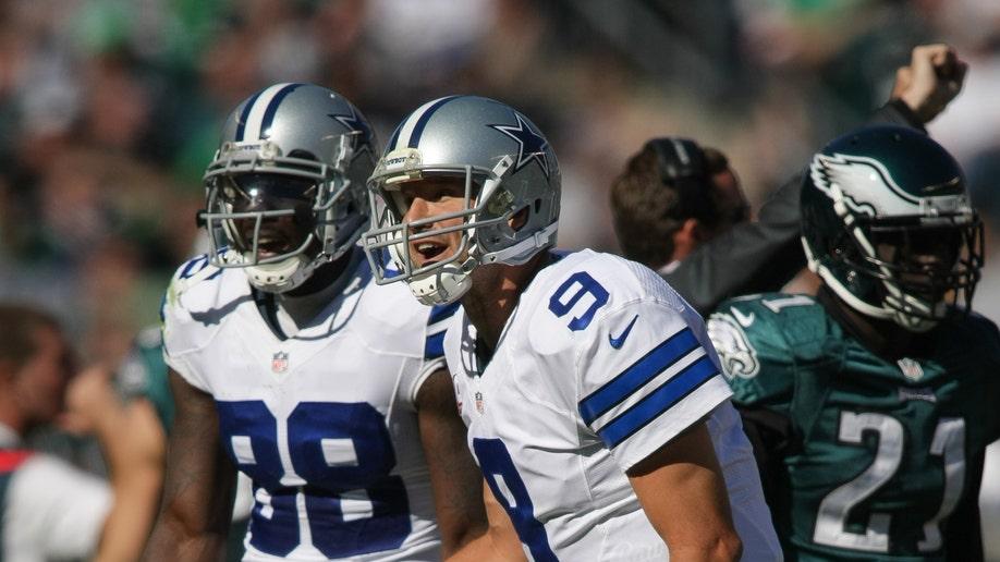3783309d-Cowboys Eagles Football