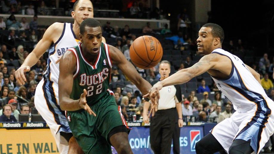 fbd0dda7-Bucks Grizzlies Basketball