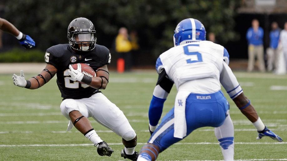 1a40404d-Kentucky Vanderbilt Football