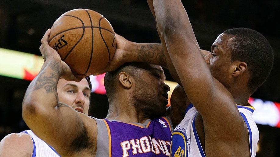 47db2027-Suns Warriors Basketball