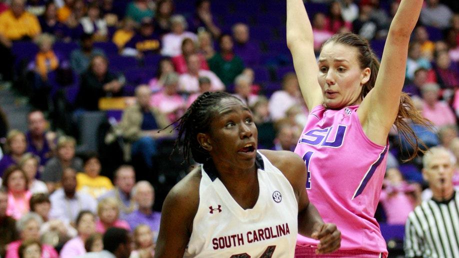 17bbdc9d-South Carolina LSU Basketball