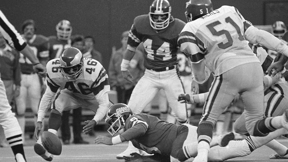 71a269b1-Eagles Giants Rivalry Football