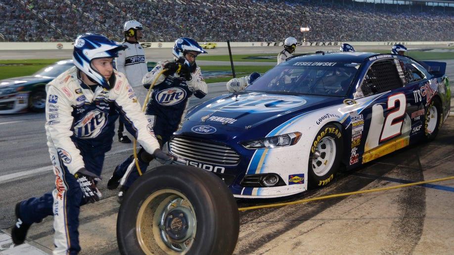 502b041b-NASCAR Texas Auto Racing