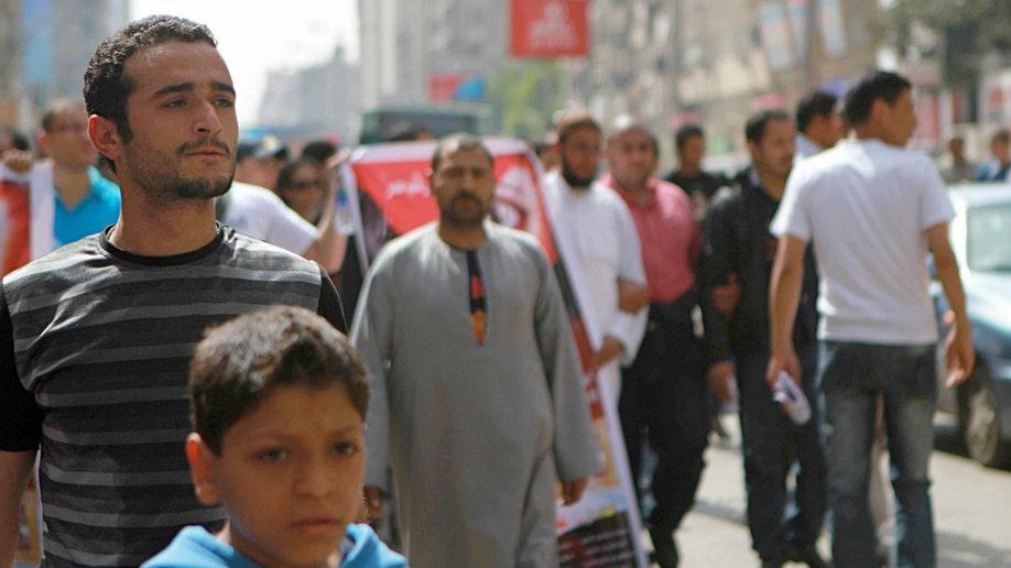 39033bba-Mideast Egypt