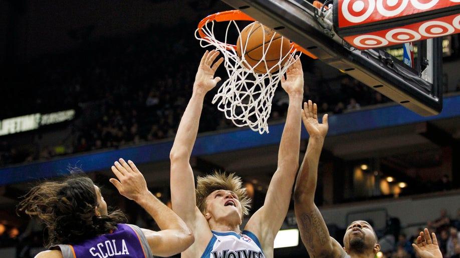 42c2e6d2-Suns Timberwolves Basketball