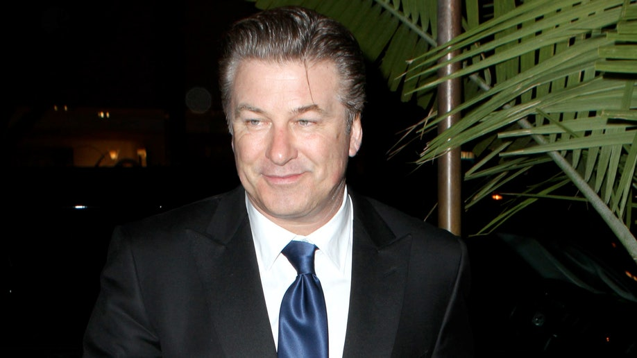 95640acb-Alec Baldwin, Taylor Swift, Jared Leto, Katy Perry, Mark Wahlber