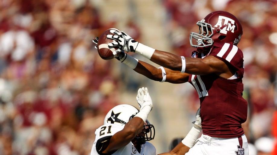 5c833770-Vanderbilt Texas A M Football