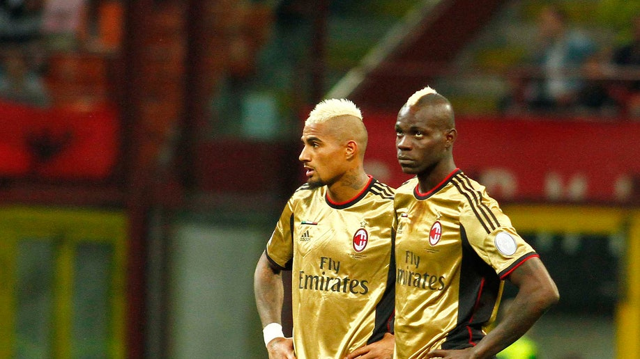 f0f05219-Racism Soccer