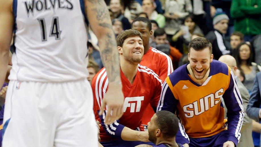 8ac59008-Suns Timberwolves Basketball