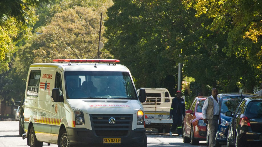 34ddfe72-South Africa Mandela Hospitalized