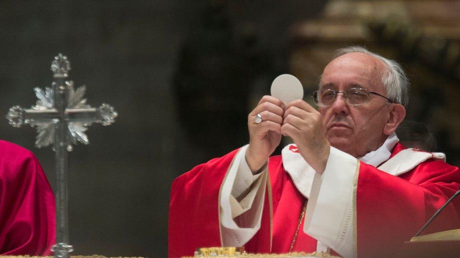 f9970d8a-Vatican Pope