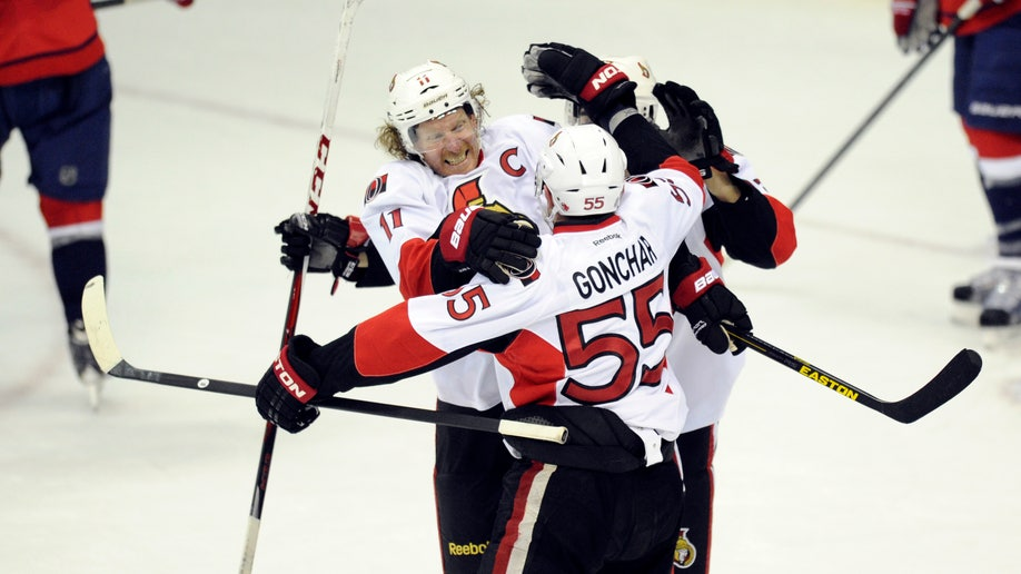37cea417-Senators Capitals Hockey