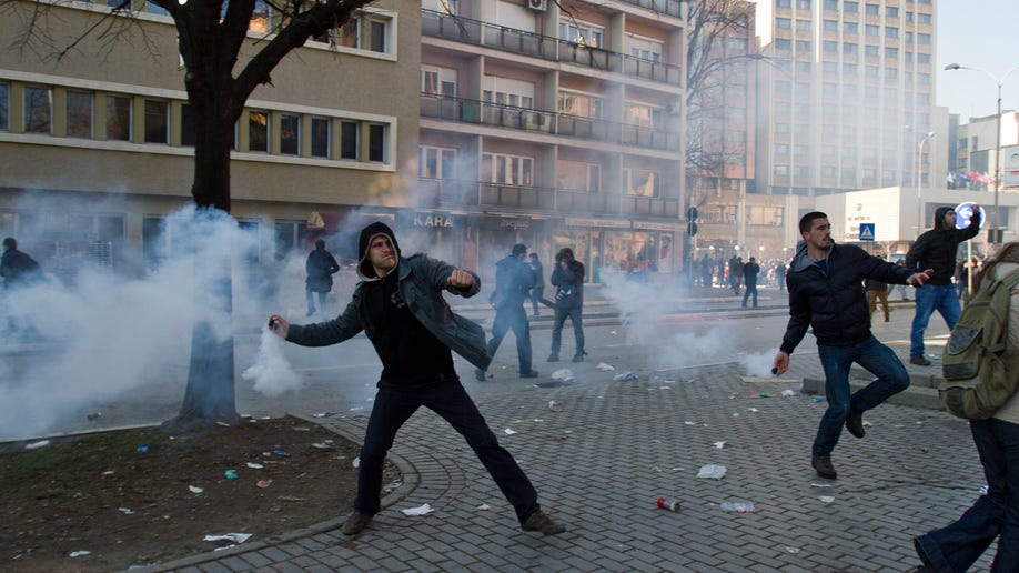 cbc1aa2a-Kosovo Students Protest