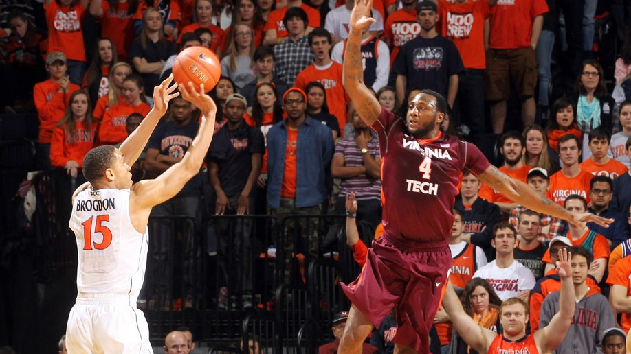 22a13a28-Virginia Tech Virginia Basketball