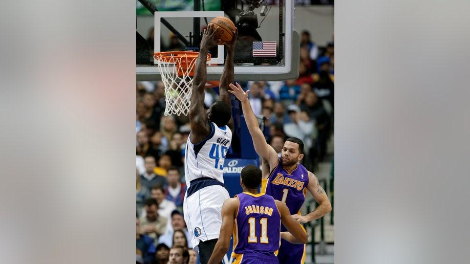 47efd0d3-Lakers Mavericks Basketball