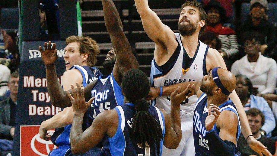 8faba47f-Mavericks Grizzlies Basketball