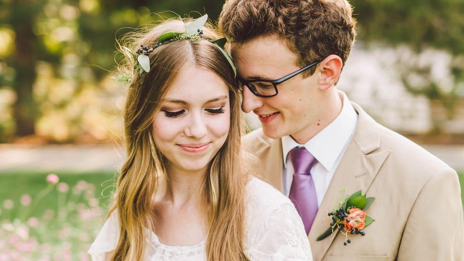 teenage newlyweds 1 fyi