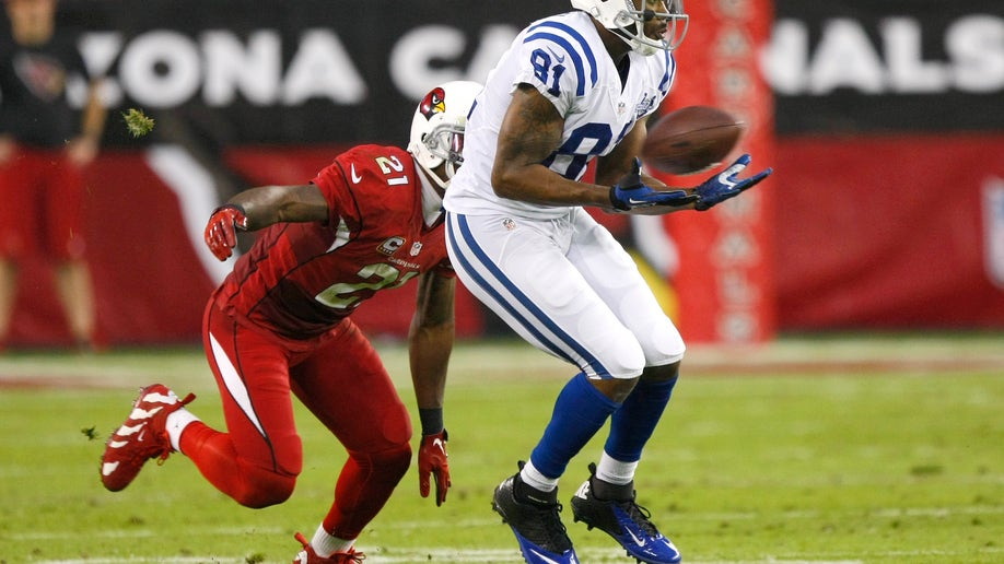 7efa0d49-Colts Cardinals Football