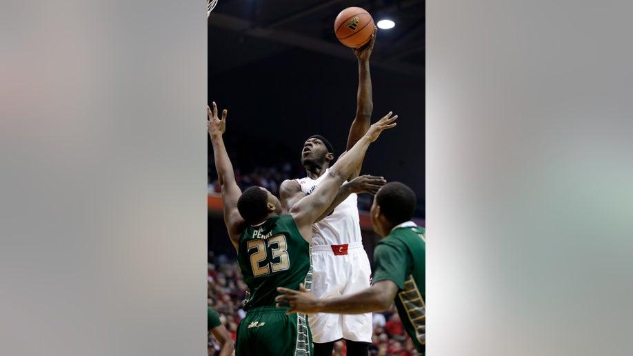 2297f710-South Florida Cincinnati Basketball
