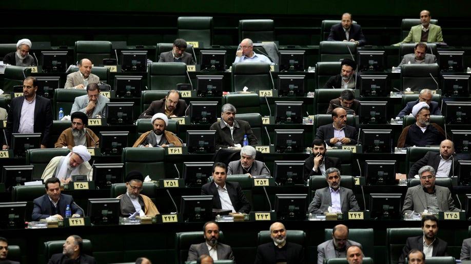08b4ddfc-Mideast Iran Sanctions