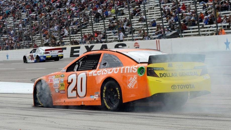 d10e3b2a-NASCAR Texas Auto Racing
