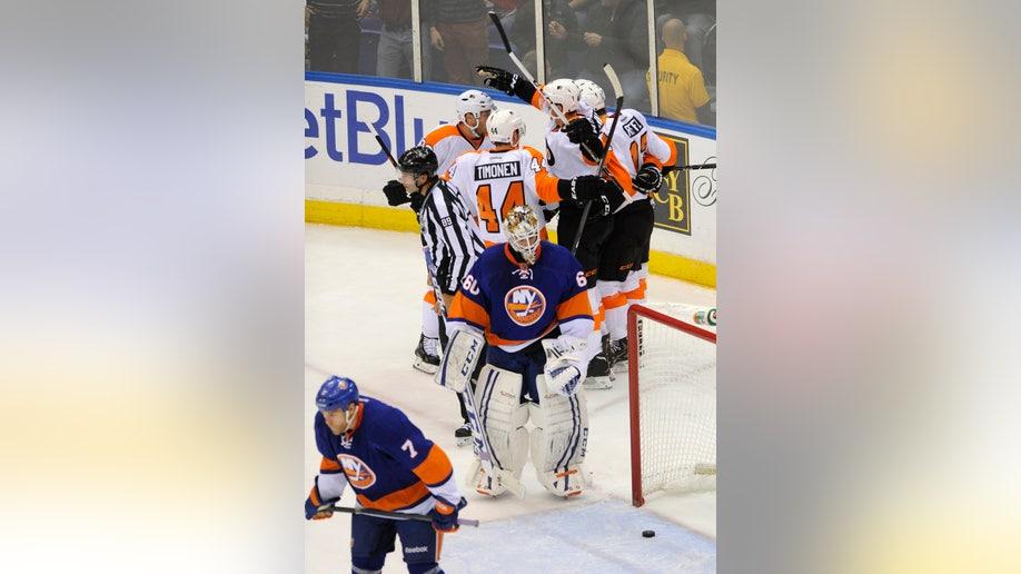 2e599cda-Flyers Islanders Hockey