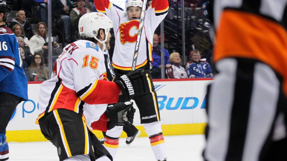 8785555d-Flames Avalanche Hockey