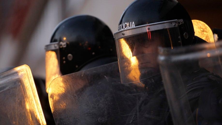 552ff5c0-Bosnia Protest