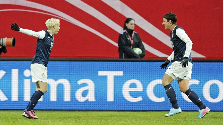 2f908665-Germany US Women Soccer