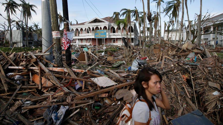 13895df2-Philippines Typhoon