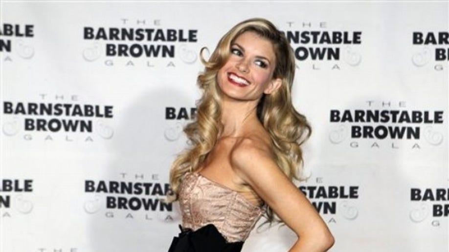9f56093c-Barnstable Brown Derby Party