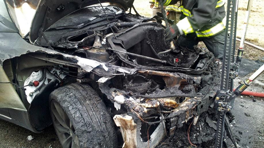 9f76f84e-Tesla Fire