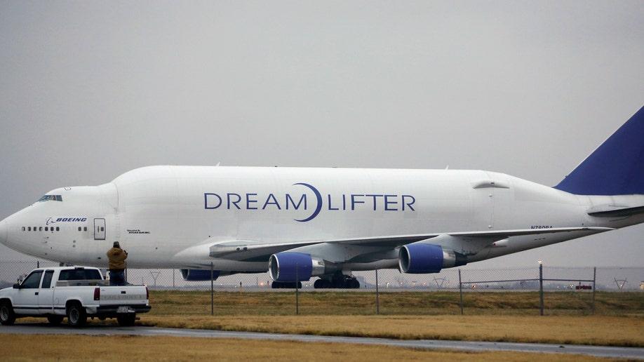APTOPIX 747 Wrong Airport