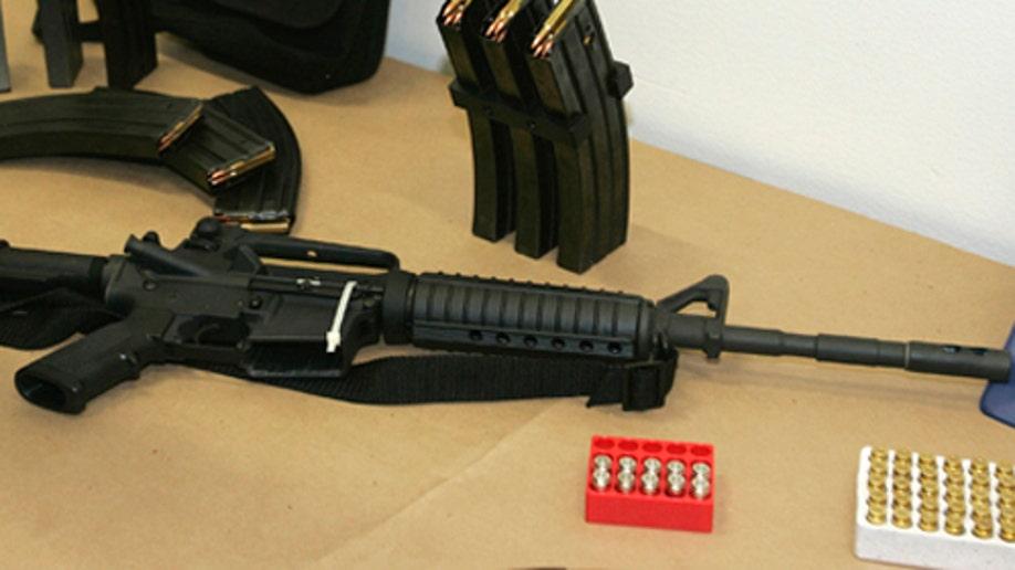 ffbc724e-Guns Southwest Border