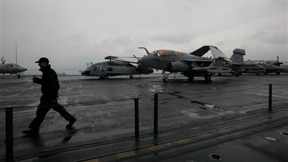 Hong Kong USS Nimitz