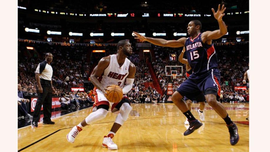 1c6d8265-Hawks Heat Basketball