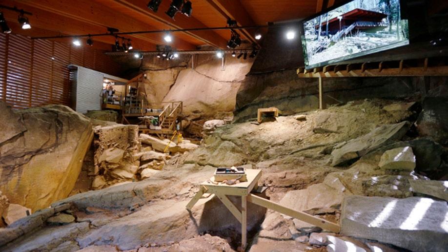 fa01b5b9-Ancient Cave Dwelling