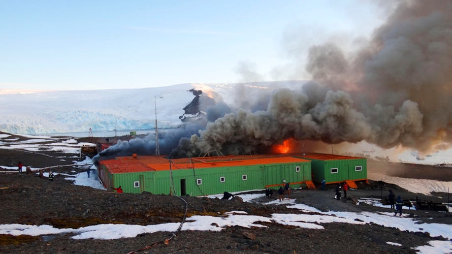 6b500218-Antarctic Brazil Base Fire