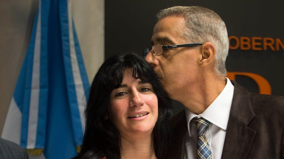 6cdc0ff2-Argentina Child Gender Change